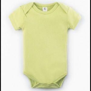 Colored Organics One Pieces - Colored Organics Infant Classic Bodysuit in Kiwi